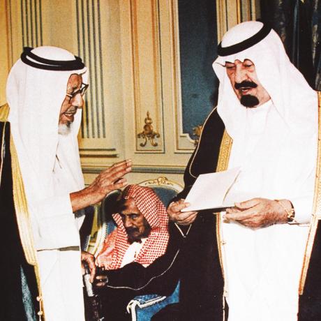 في حوار مع الملك عبدالله بن عبد العزيز رحمه الله بحضور سماحة الشيخ عبدالعزيز بن باز رحمه الله